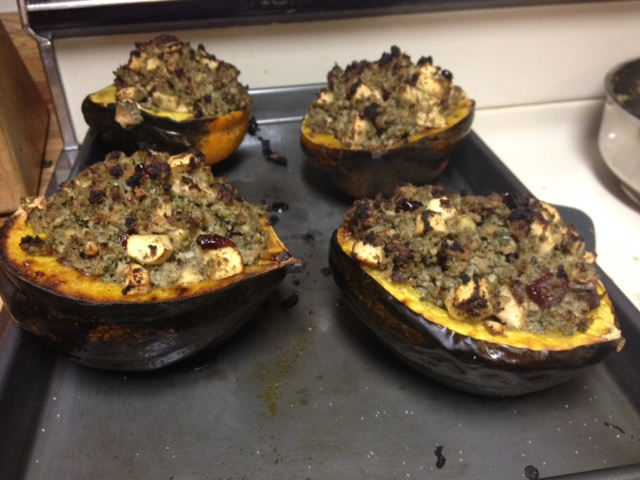 Paleo Autumn Stuffed Acorn Squash (2/3)
